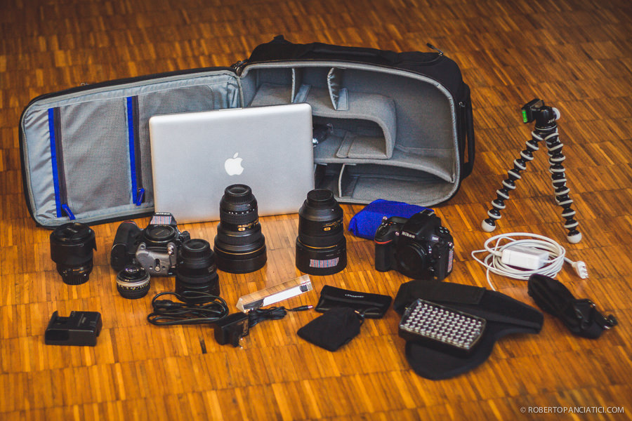 Think_Tank_Airport_Essential_what_is_in_my_camera_bag