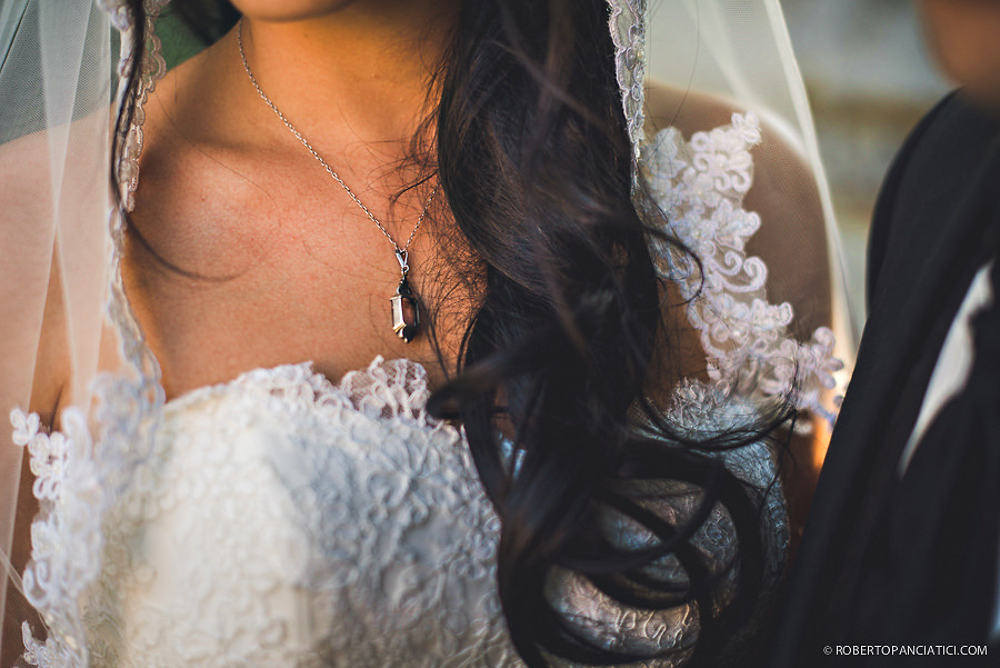 wedding-detail-bride-Roberto-Panciatici-Photography