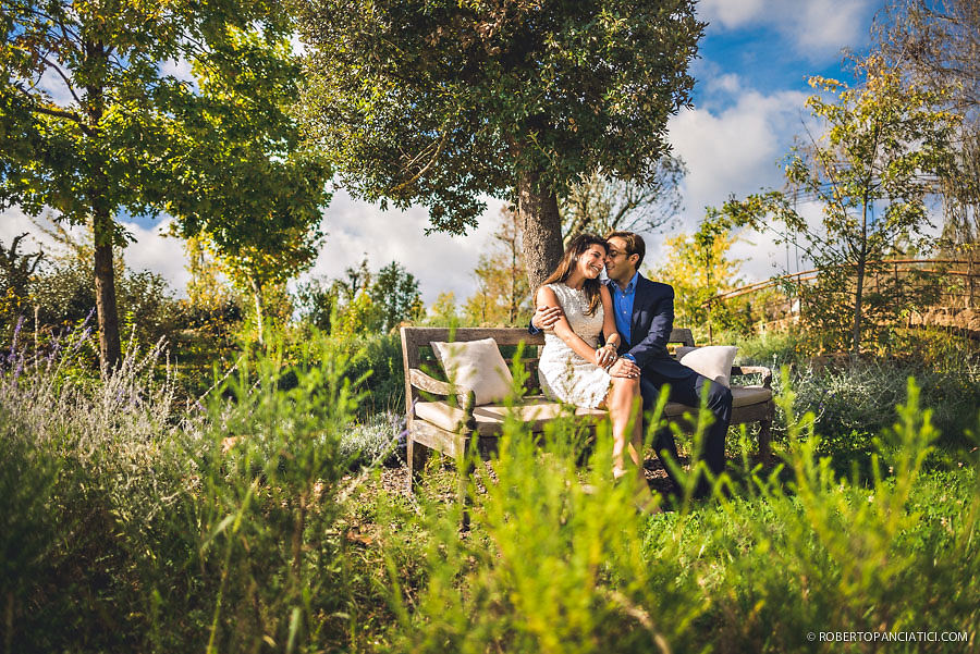 borgo-santo-pietro-engagement-in-tuscany-Roberto-Panciatici-Photography-10