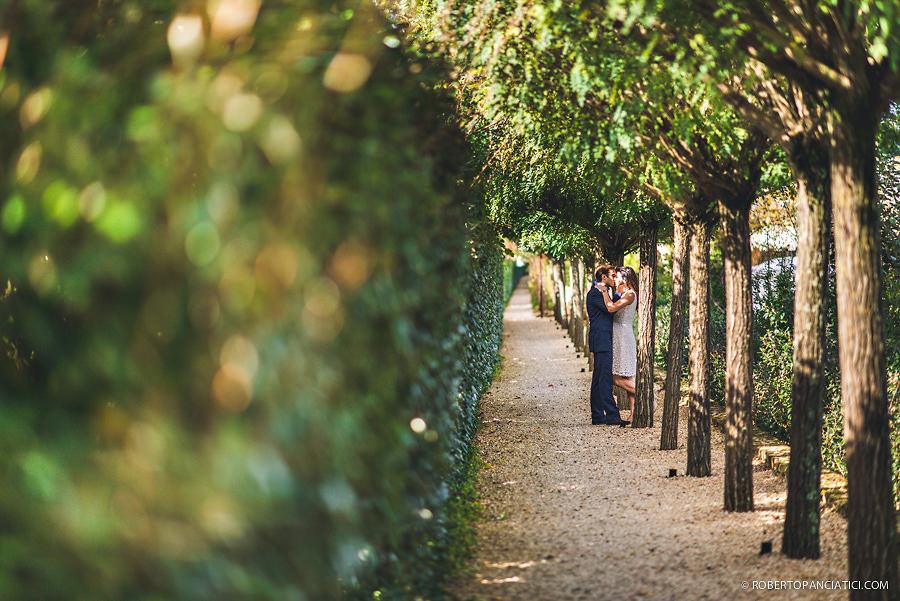 borgo-santo-pietro-engagement-in-tuscany-Roberto-Panciatici-Photography-39