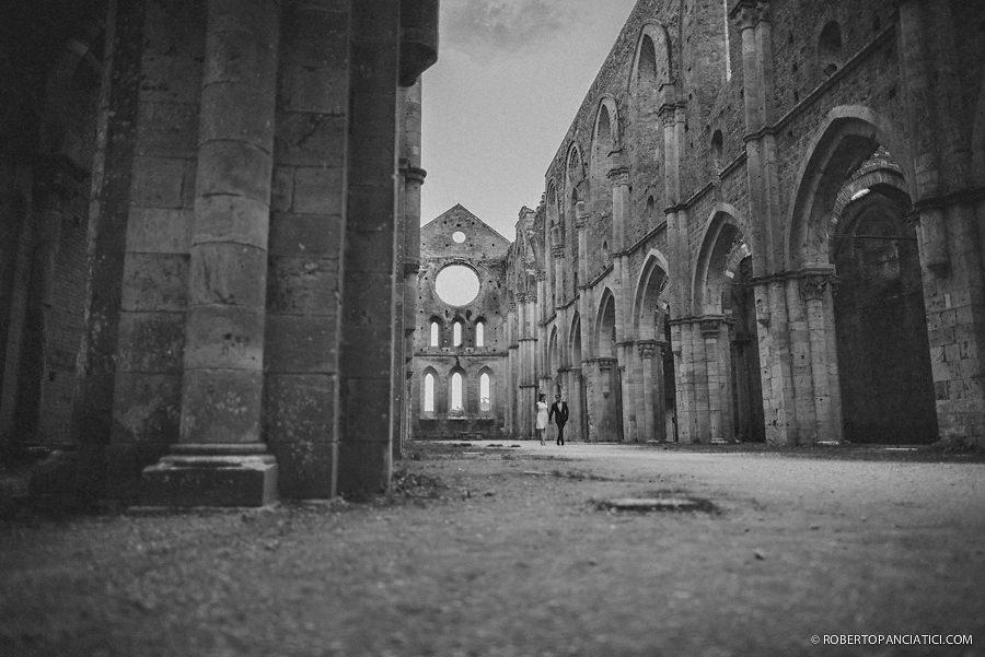 borgo-santo-pietro-engagement-in-tuscany-Roberto-Panciatici-Photography-72