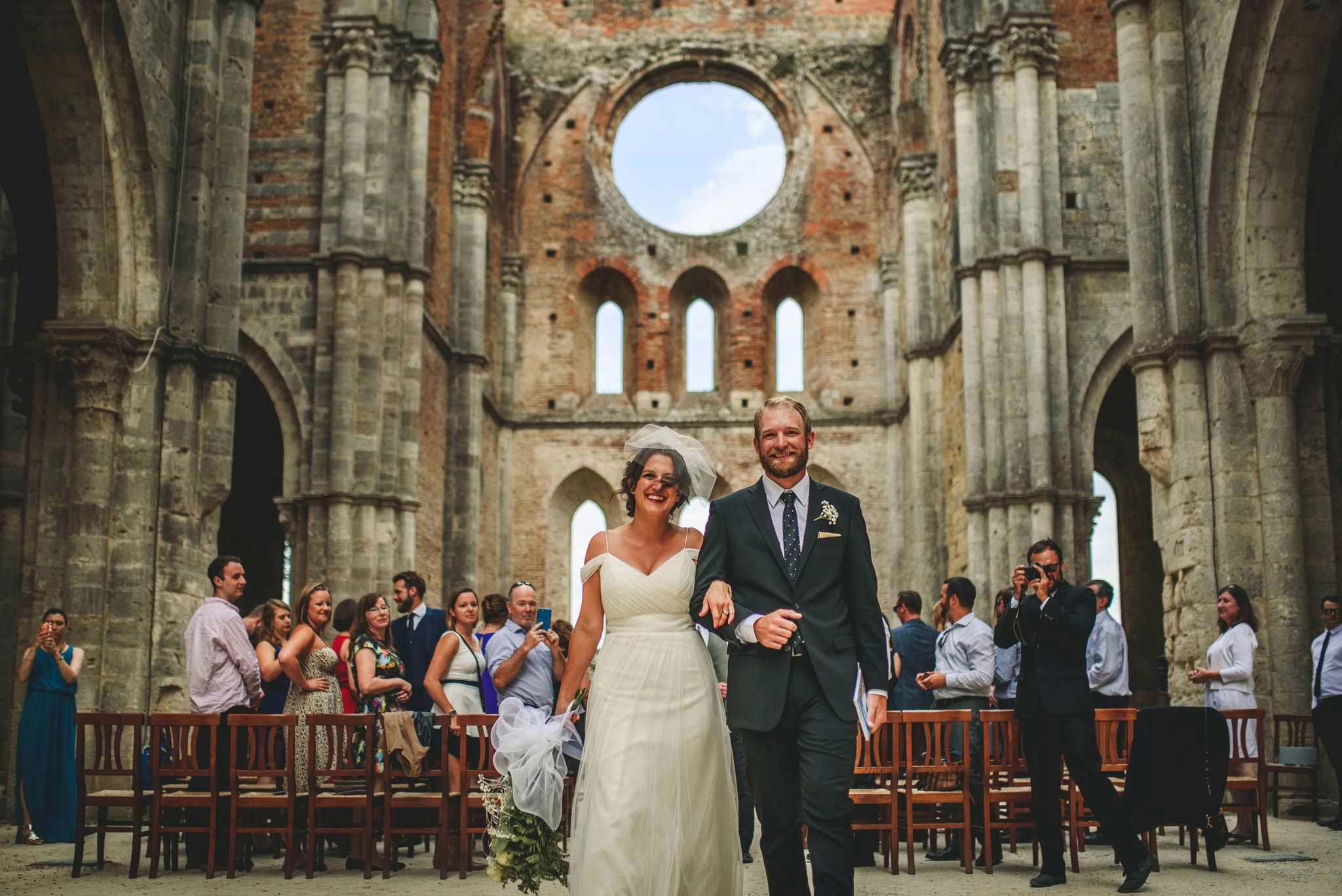 049-wedding-san-galgano-abbey-roberto-panciatici-photography