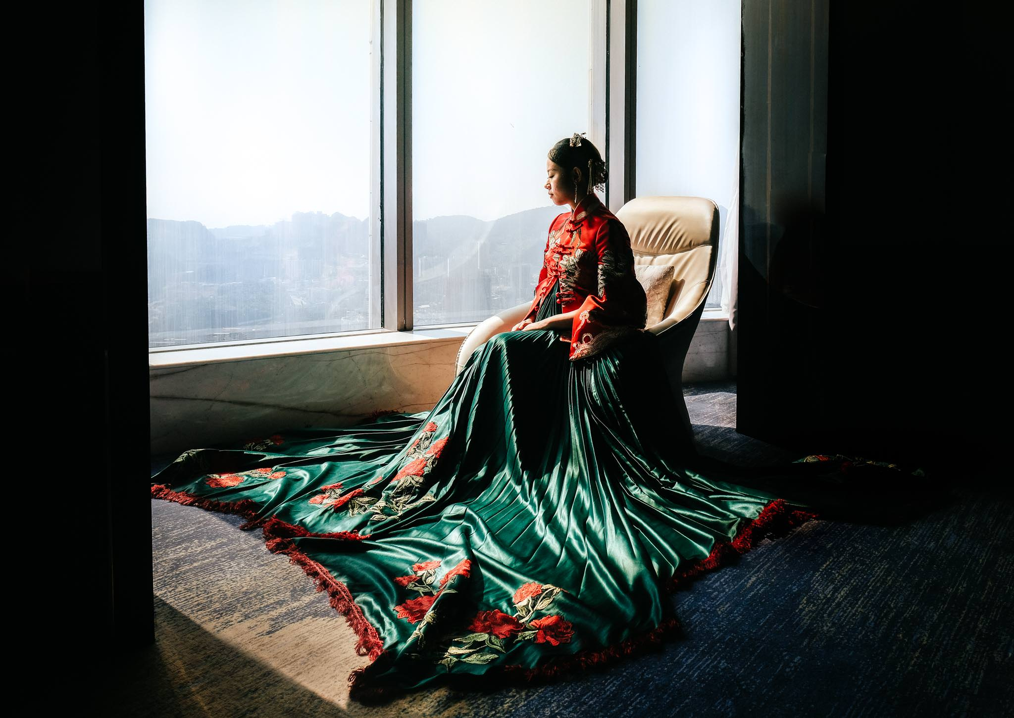 Sofitel Guiyang Hunter portrait bride china creative dress wedding