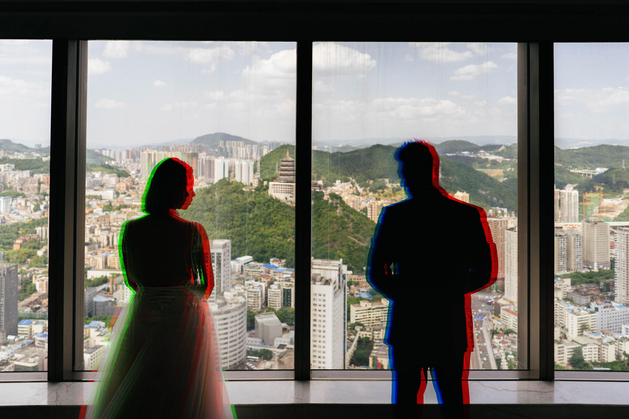 creative rgb portrait bride and groom wedding Sofitel Guiyang Hunter