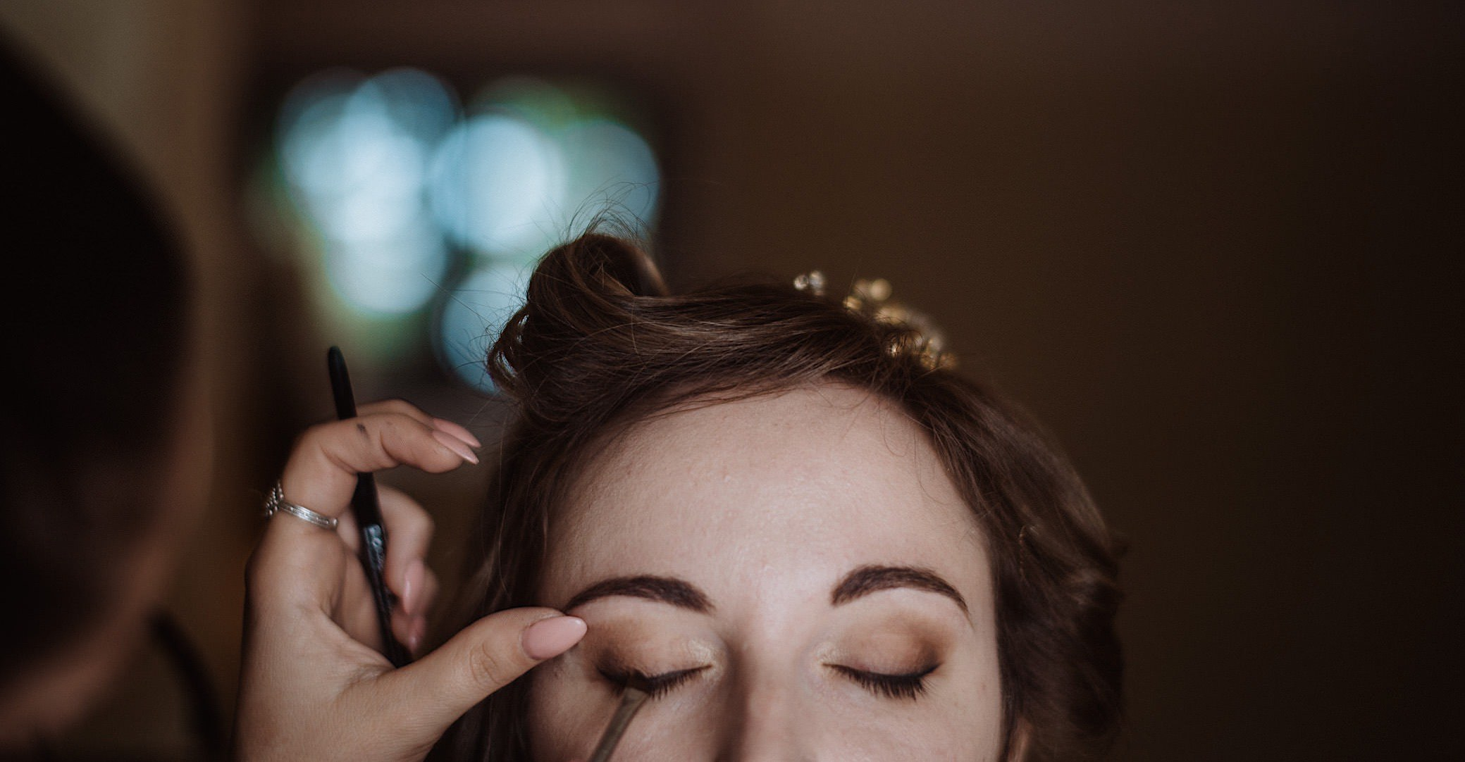 intimate bride getting ready at convento dell annunciata wedding photography