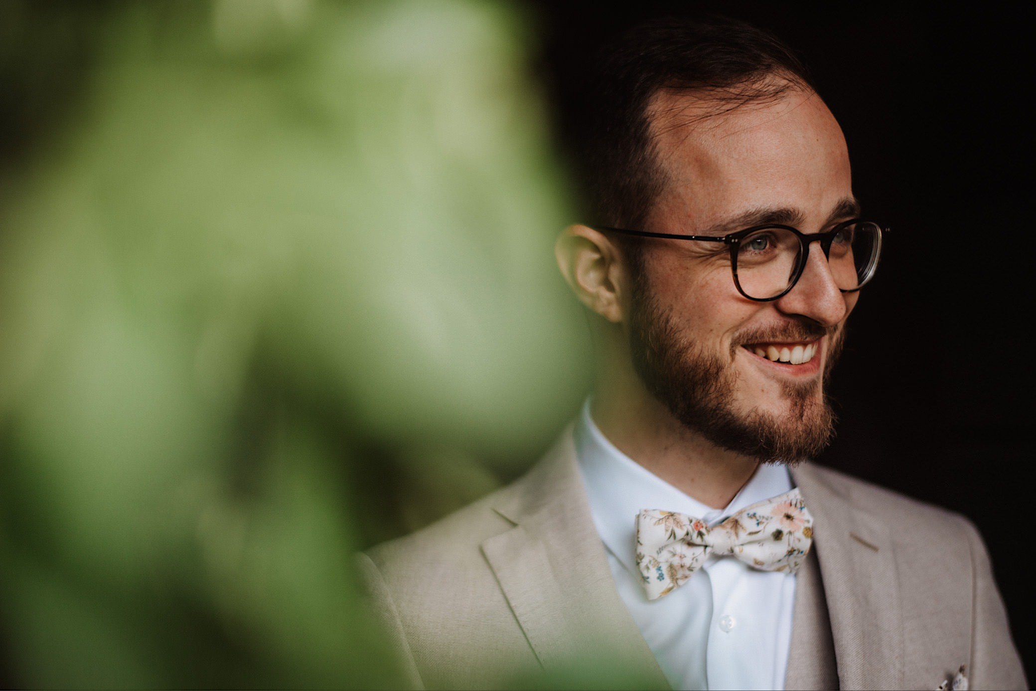 groom portrait at convento dell annunciata wedding photography