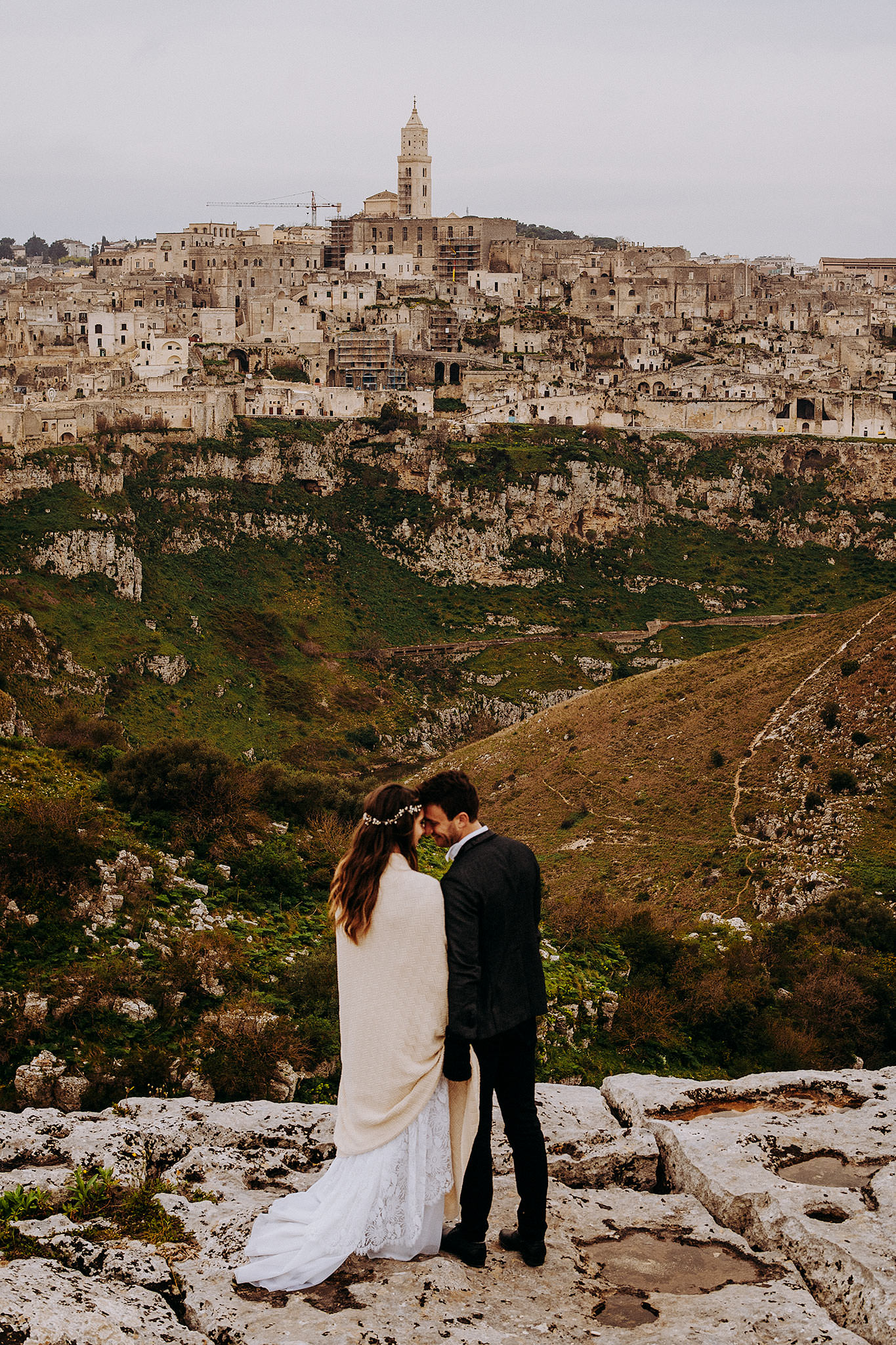 intimate wedding matera italy sextantio