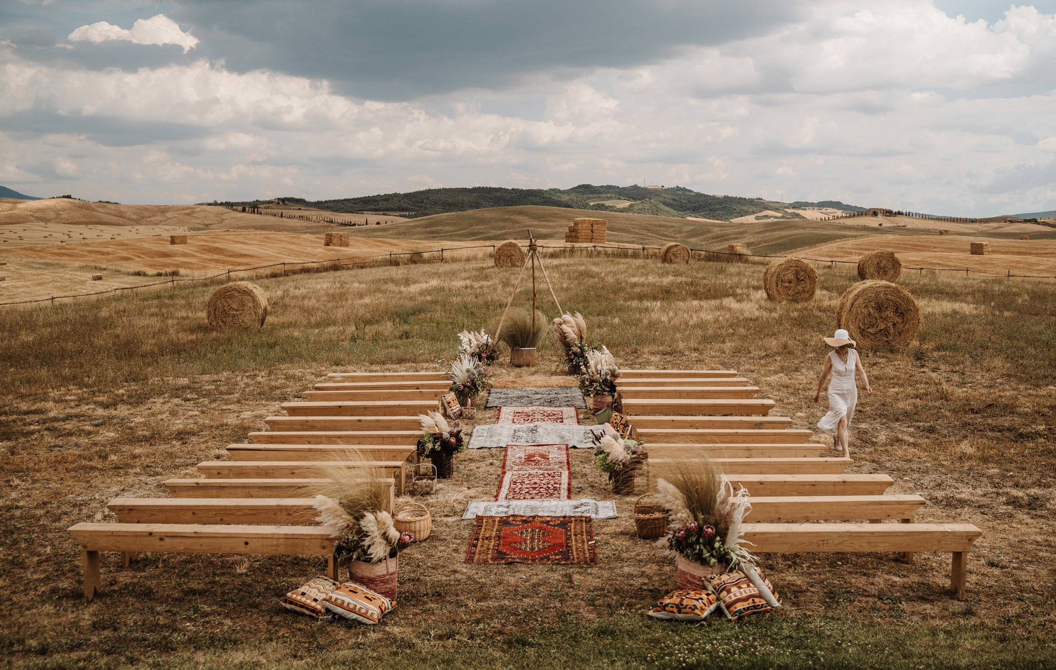 Romantic wedding in the Tuscan countryside